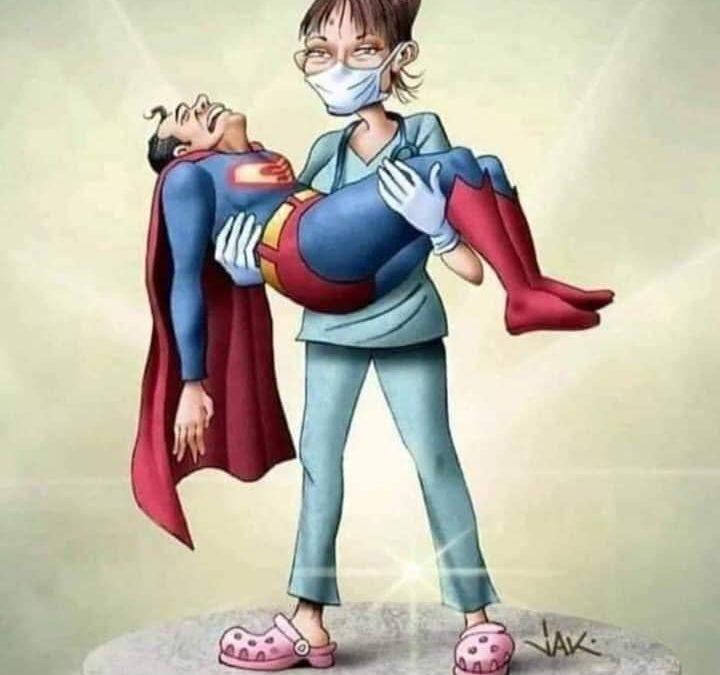 caricatura superman brazos enfermera